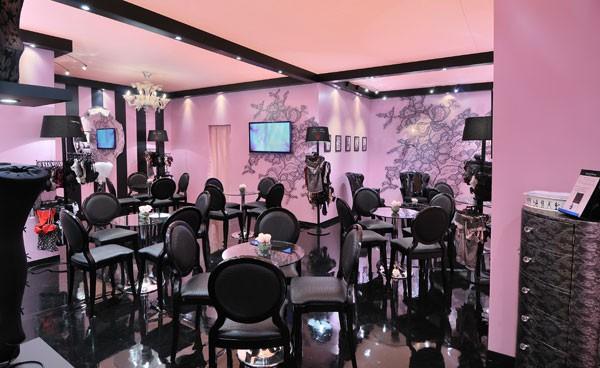 Stand chantelle salon de la lingerie stand individuel for Fabricant de stand pour salon