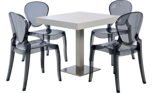 location ensemble chaises queen gris fum table scala blanc et standard phiapa line. Black Bedroom Furniture Sets. Home Design Ideas