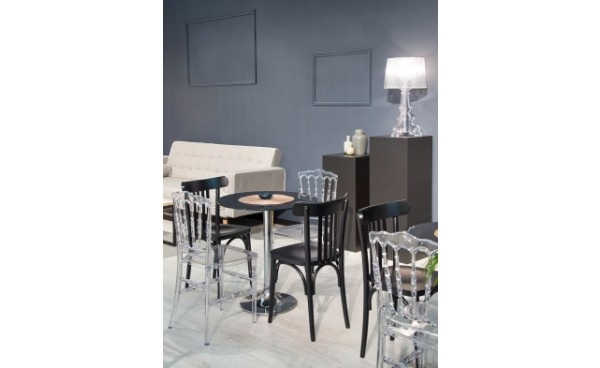 location chaise napoleon iii transparente et chaises phiapa line. Black Bedroom Furniture Sets. Home Design Ideas