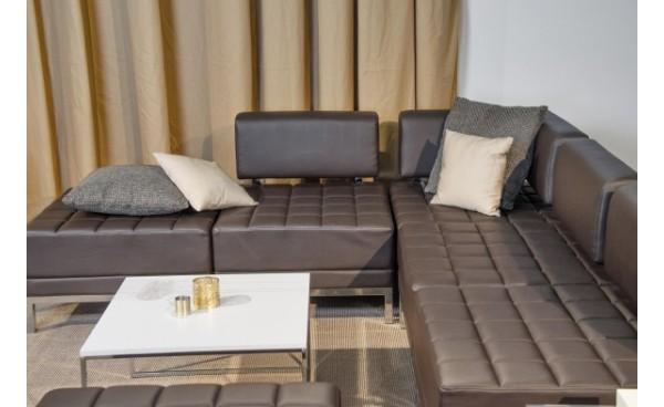 Location chauffeuse d 39 angle maleo chocolat et fauteuils phiapa line - Chauffeuse simili cuir ...