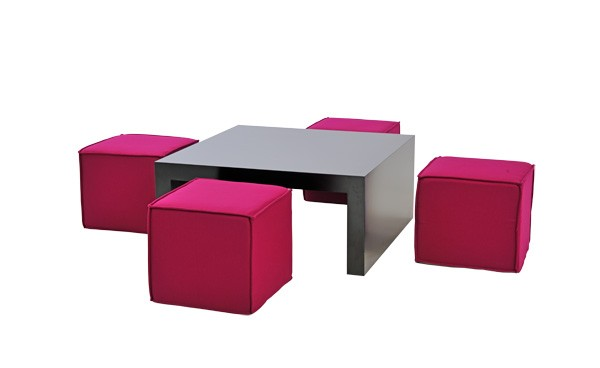Location ensemble poufs rio fuchsia table basse rione - Table basse et poufs ...