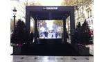 Un conte de Noël sur les Champs Elysées