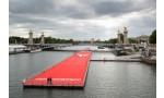 L'incroyable piste d'athlétisme flottant sur la Seine !