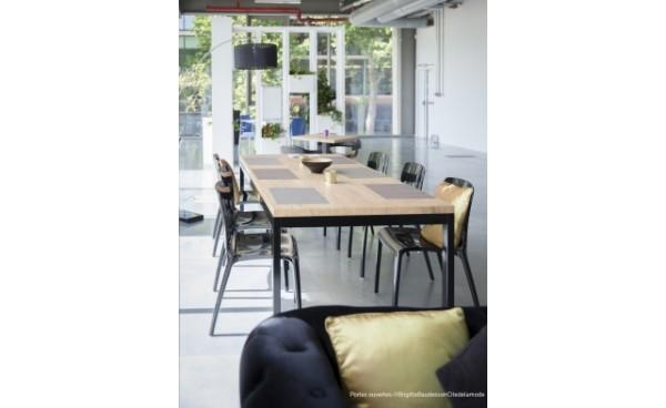Location Chaise TIFFANY - Noir et Chaises | Phiapa-Line